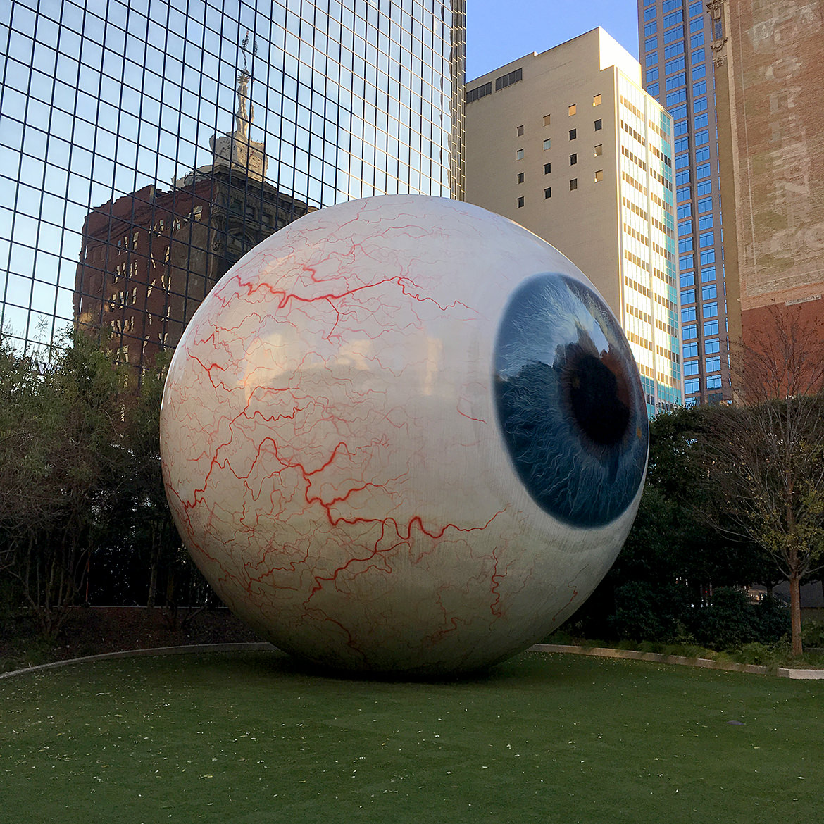 a giant fiberglass sculpture of a human eye